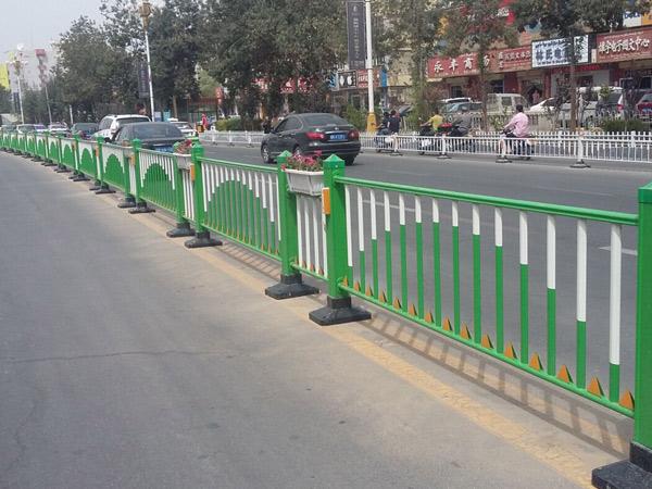 道路护栏应用案例